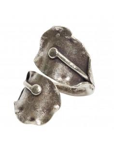 Anillo étnico de plata.